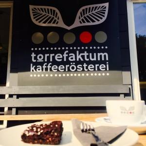 Torrefaktum Logo und Brownie