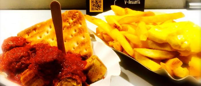 Vegane CurryVurst und Pommes Vries von Vegan Vincent
