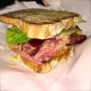Frisch belegtes Sandwich