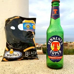 Wackos Chips und Tennents Bier