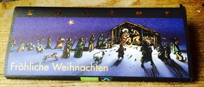 Zotter Weihnachtsschokolade mit Weihnachtsmotiv auf der Verpackung