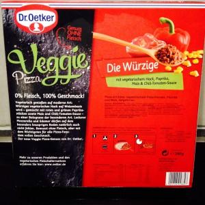 """Verpackungsrückseite mit Produktinformationen der Dr Oetker Veggie """"Die Würzige"""""""
