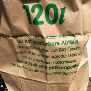 Kompostierbare Mülltüte bei Hallo Frau Nachbar Phönixhof