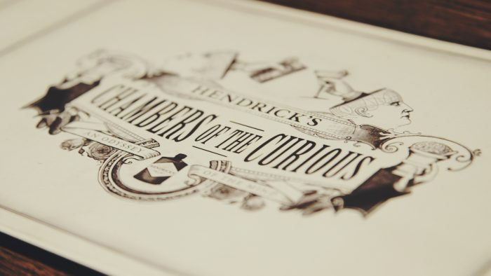 Chambers of the Curious Karte mit Schriftzug