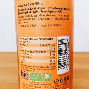 Etikett mit Zutaten, Nährwerttabelle und Siegeln
