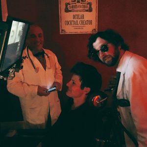 "Behandlung ""Ocular Cocktail Creator"" mit den zwei Doktoren"