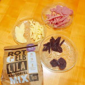 Geschälte Kartoffelsorten in Pommes- und Chipsform