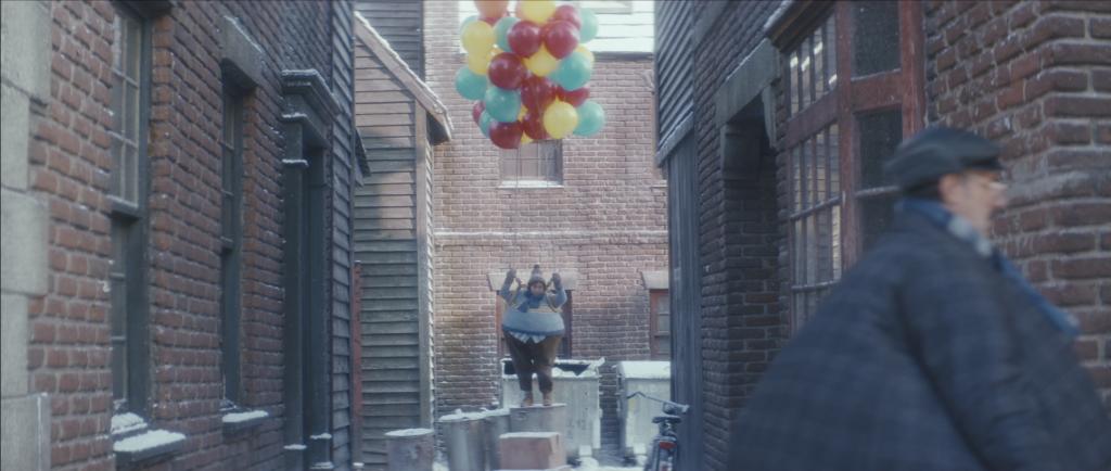 EATKARUS versucht mit Luftballons zu fliegen