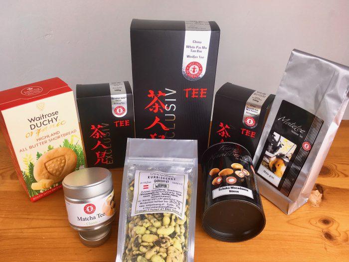 Tee und Snacks aus dem Schrader Onlineshop